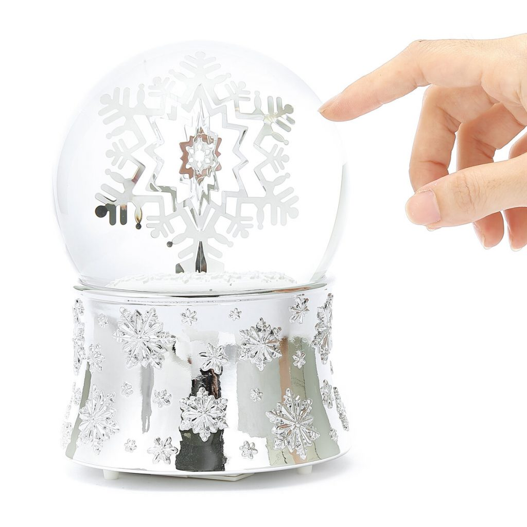 "-""Ice World""- Christmas Snow Globe Music Box (Musical Box Water Globe / Snow Domes Christmas Collection)"