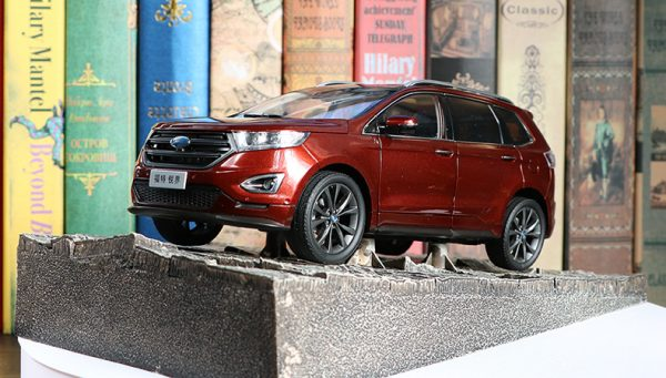Diecast Cars, 1/18 Diecast Model Car, FORD EDGE SUV 1:18 Scale Model Car.