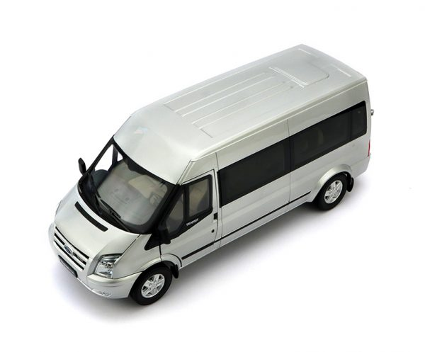 "1/18 Scale Ford Transit Vans Diecast Scale Model Car, Ford Transit Connect Wagon ""New Era Transit"" Metal Scale Model Car/ Van."