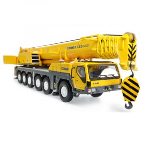 1/50 XCMG 200 ton Mobile Crane All Terrain Crane QAY200 Truck Crane Diecast Scale Model. (Construction Vehicles, Heavy Equipment, Machinery, heavy-duty vehicles, construction engineering Scale Model)