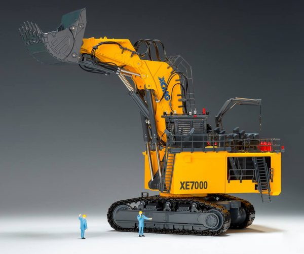 1/50 XCMG Official 700ton Mining Excavator XE7000 Diecast Scale Model. (Construction Vehicles, Heavy Mining Equipment, Mining Machinery, heavy-duty vehicles, construction engineering Scale Model)