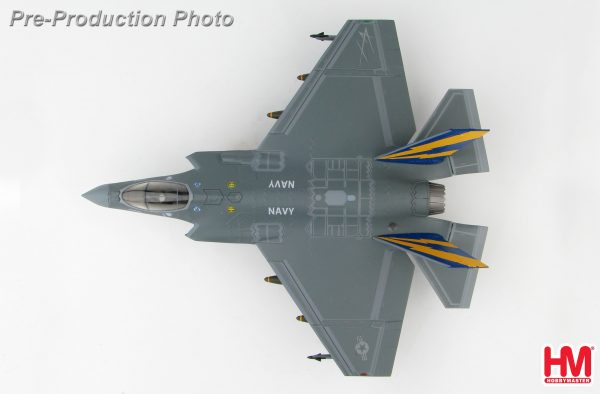 Hobby Master Collector 1/72 Air Power HA6202 U.S. Military Power Lockheed Martin F-35C Lightning II Carrier-Based Aircraft Stealth Multirole, Combat Fighter, CF-01, US Navy, 2012 (Military Airplanes Diecast Model, Pre built Aircraft Scale Model)
