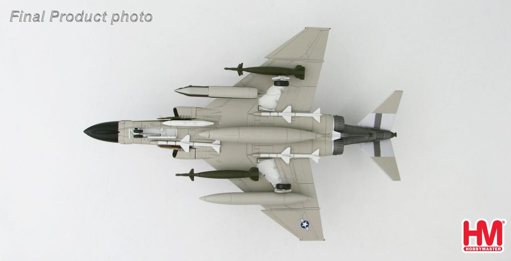 Hobby Master Collector 1/72 Air Power HA1949 McDonnell Douglas F-4D Phantom II USAF 433rd TFS, 8th TFW, #60-7709, Ubon RTAFB, Thailand. United States Air Force McDonnell Douglas F-4 Phantom II supersonic jet interceptor and fighter-bomber (Military Airplanes Diecast Model, Pre built Aircraft Scale Model)