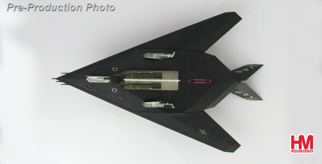 "Hobby Master Collector 1/72 Air Power HA5803 Lockheed Martin F-117A ""OIF"" 88-0842, 8th FS, Holloman AFB, 2003. United States Air Force Lockheed F-117 Nighthawk Stealth attack aircraft (Military Airplanes Diecast Model, Pre built Aircraft Scale Model)"