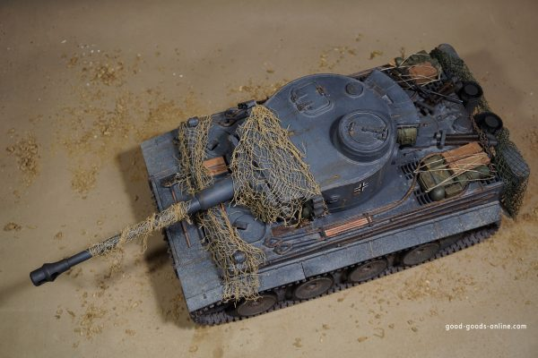 Remote control Scale model tank Weathering German Military vehicle Grey Colour pigments modelling Tiger I RC Tank dust mud fresh or dry rust smoke ash dirt marks effects