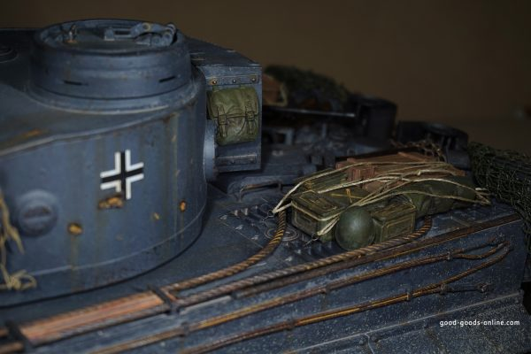 Buy 1:16 RC German Tiger I Tank Remote Control w/ Sound and Smoke: Stuffed Animals & Teddy Bears - Amazon
