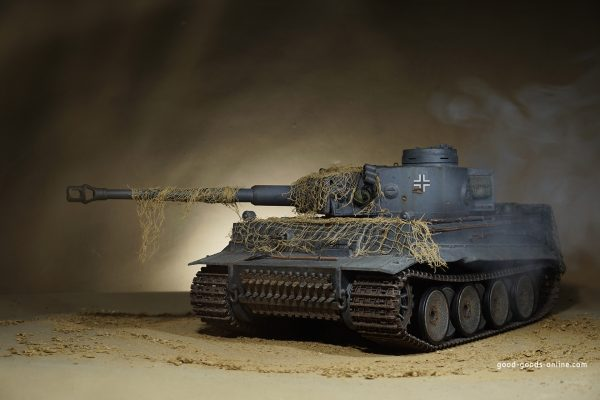 1:16 RC German Tiger I Tank Remote Control w/ Sound and Smoke, Shoots,Smokes,Makes Engine Sounds Full Function Radio Controlled Turret Cannon Move Up and Down Airsoft Gun (Hop-up system)