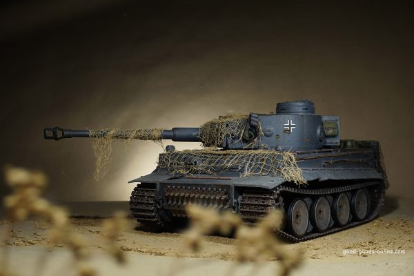 Heng Long 1/8 RC Tiger I Full Metal Version Tank BB. Ultimate RC Tiger tank in scale 1/8 in full metal design. Each model is unique! Manufactured and completely assembled ready to drive in the ultra-modern