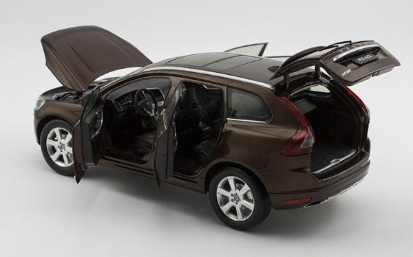 Catawiki Motor City - Scale 1/18 - Volvo XC60 Brown 2015 - Catawiki