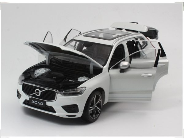 Volvo xc60 White color 1:18 Scale Model Car, 1/18 Scale die-cast vehicles, diecast model car, collectible model car, collector toy car.